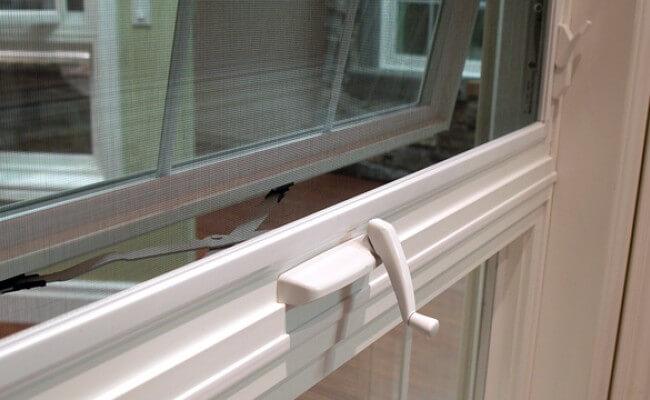 infinity-windows-awning-window-detail-f34df30086